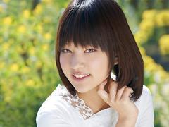 平成6年生まれ 初のAVデビュー あべみかこ18歳